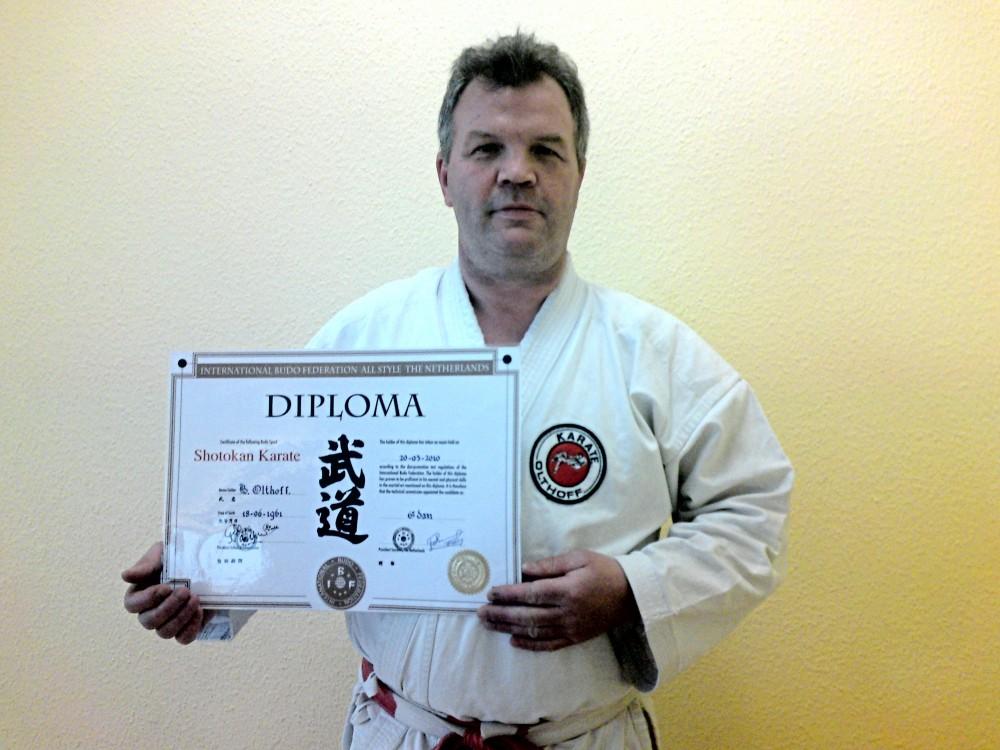 Bé Olthoff - 6. Dan im Karate
